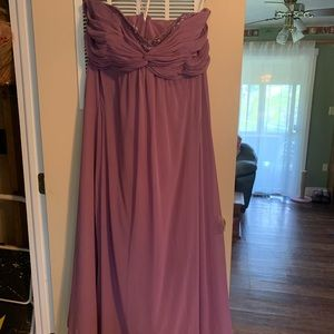 NWT Formal strapless dress. Size 22. Wisteria